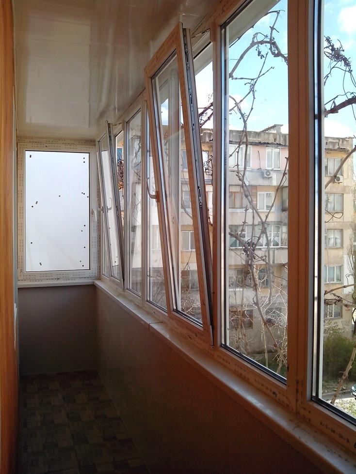 Продам металлопластиковые окна, двери, конструкции. остеклен.