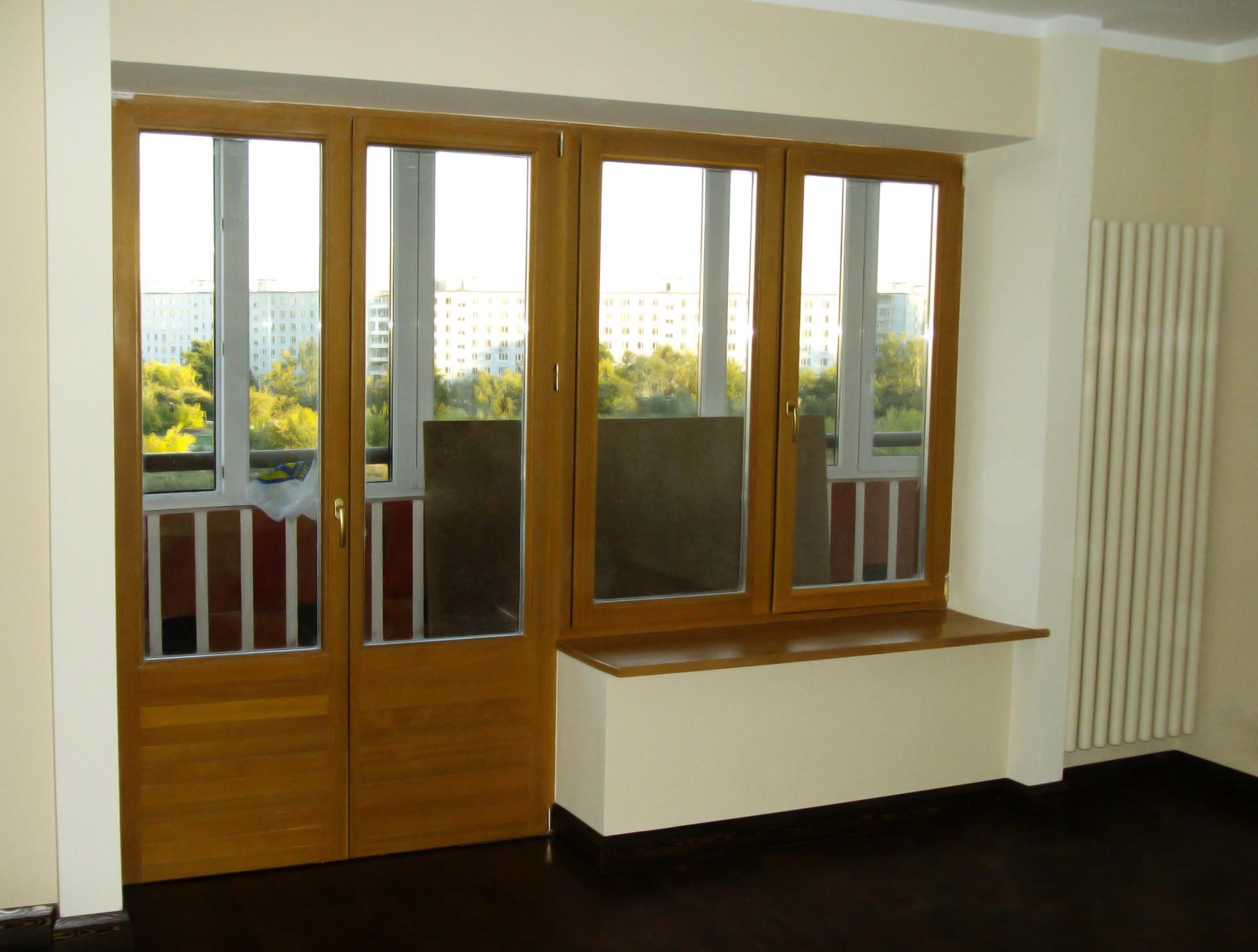 Дерево-алюминиевый балконный блок лиственница (ае) 2200x2100.